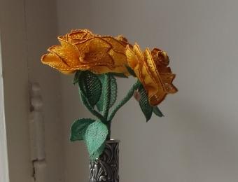 Nipeldatud roosid - Luule